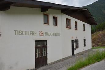 Werkstatt außenaufnahme von Tischlerei Rauchegger